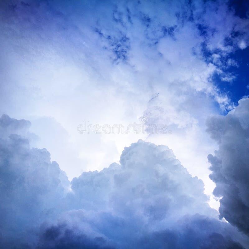 na chmury obrazy royalty free