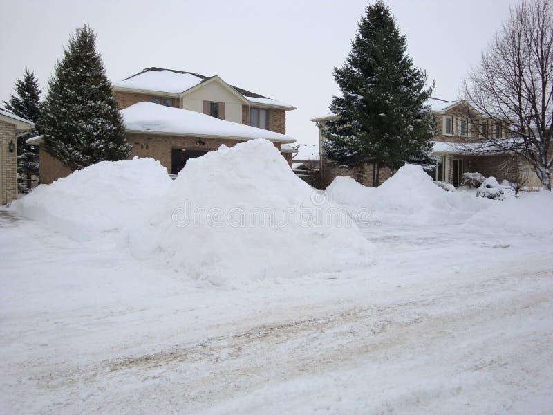 Na een massief de winteronweer in Londen Ontario stock fotografie