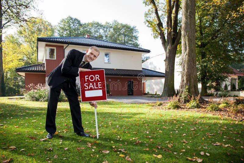 Na frente da casa imagem de stock royalty free