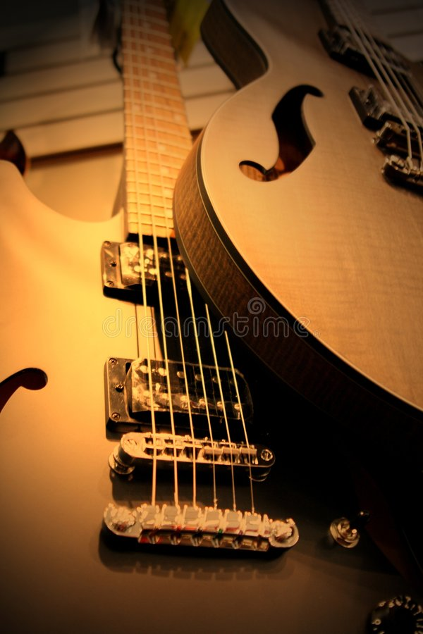 na gitarze fotografia stock