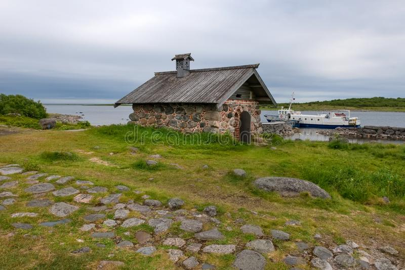 Na ilha grande de Zayatsky Arquipélago de Solovetsky foto de stock royalty free