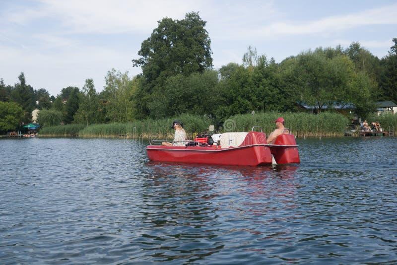 Na jeziorze w Polska fotografia stock
