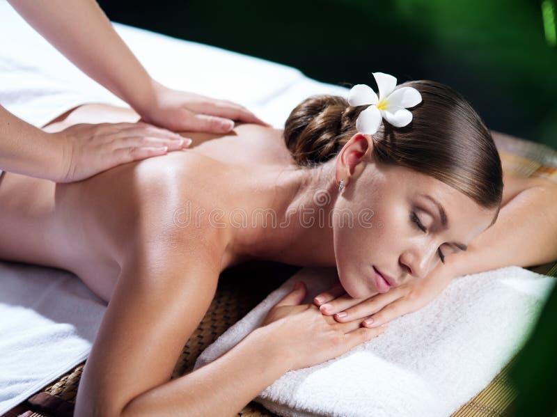 Na masażu na masażu zdjęcie royalty free