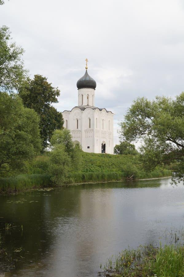 Na Nerli Pokrova церков стоковые изображения