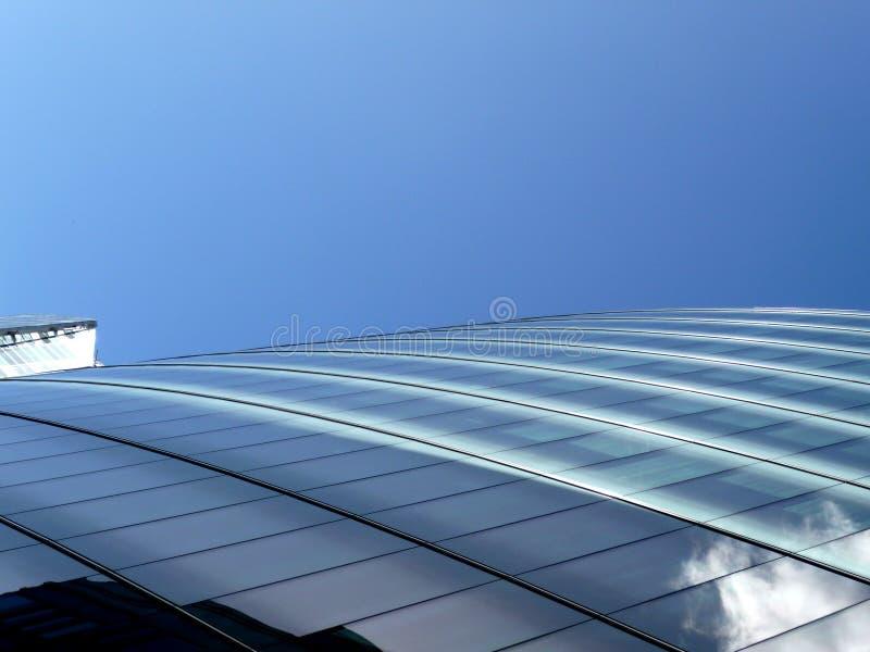 Na Nowożytnym Budynku szklany Windows 3 fotografia stock