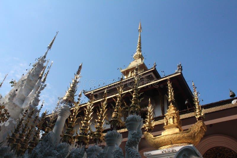 Na parte superior do pagode imagem de stock