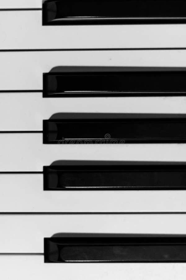 Download - na pianinie zdjęcie stock. Obraz złożonej z klasyk - 106904384