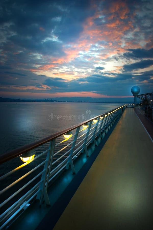 Na plataforma do navio fotos de stock