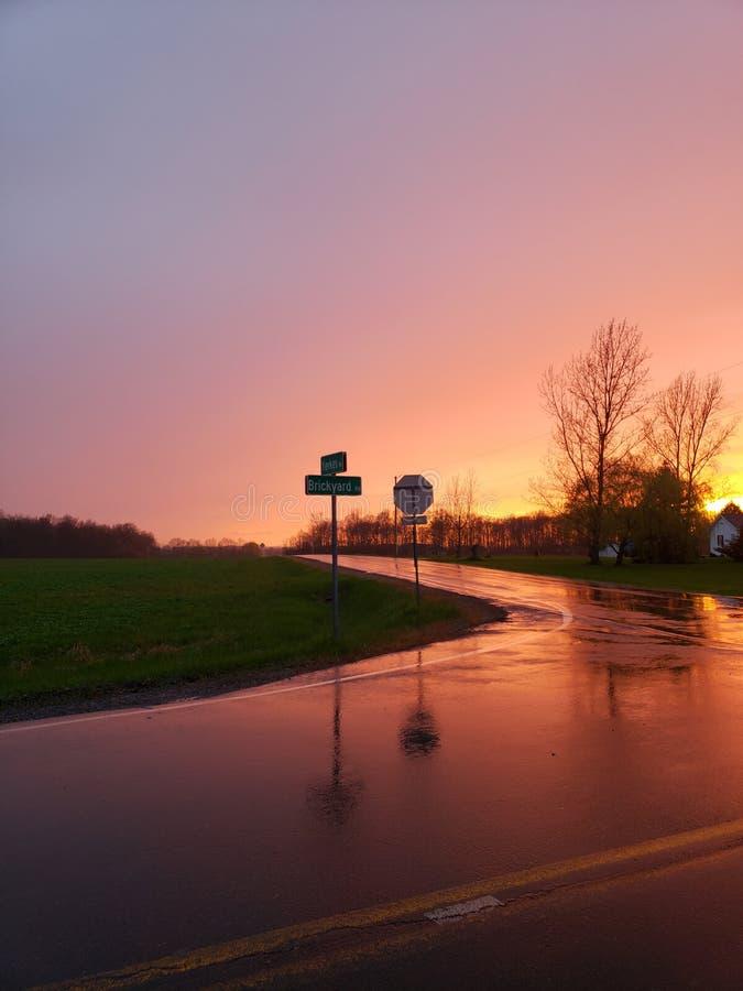 Na Regengloed stock afbeelding