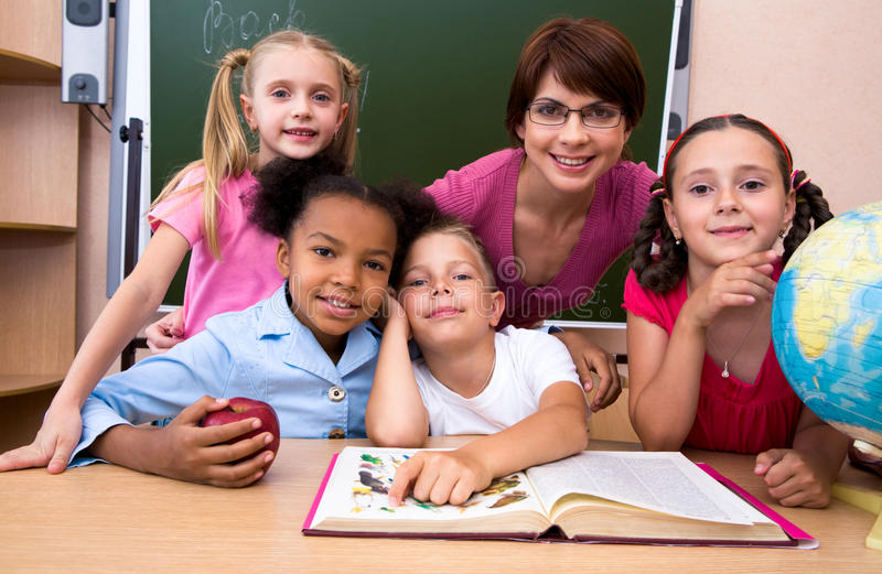 Na sala de aula imagens de stock royalty free