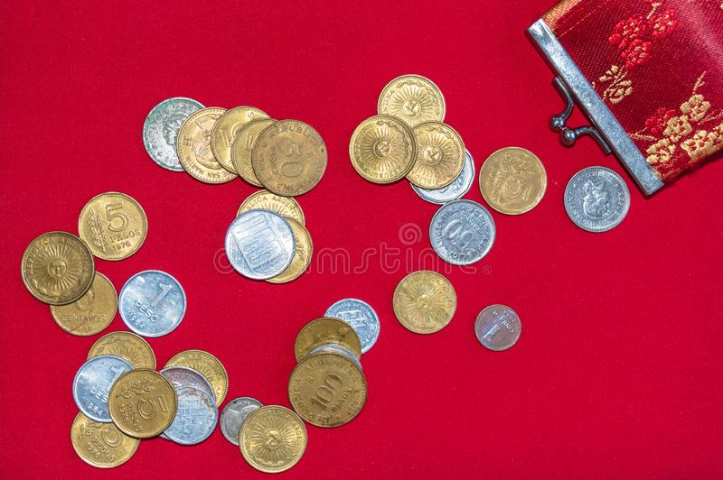 Na stole, stare monety od m?j kraju, Argentyna obraz royalty free