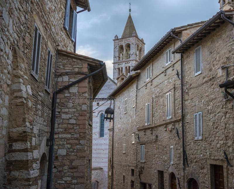 Na ulicach Assisi Miasteczko w prowincji Perugia, Włochy, Umbria region obrazy royalty free