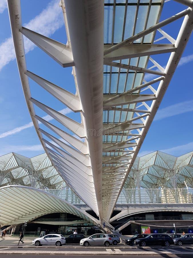 Na zewnątrz Gare De Oriente dworca, Lisbon, Portugalia zdjęcia stock