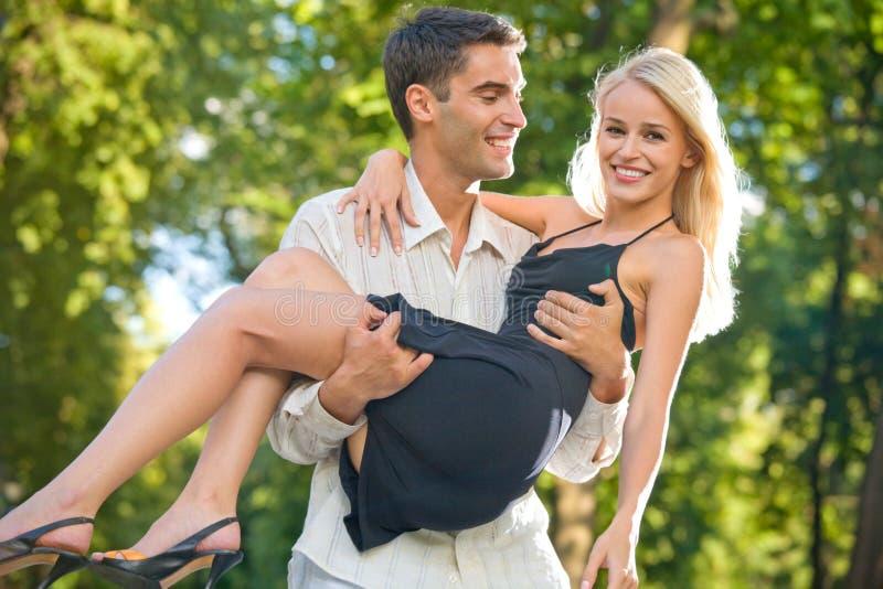 na zewnątrz pary młode fotografia stock