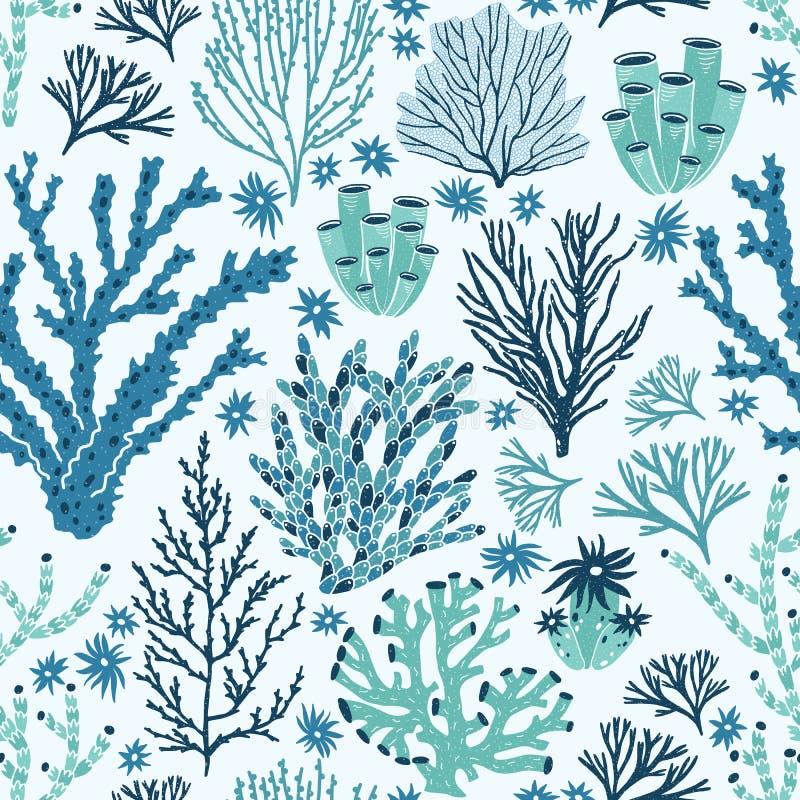 Naadloos patroon met blauw en groen koralen en zeewier Achtergrond met zeebeddingsspecies, onderwaterflora en fauna stock illustratie