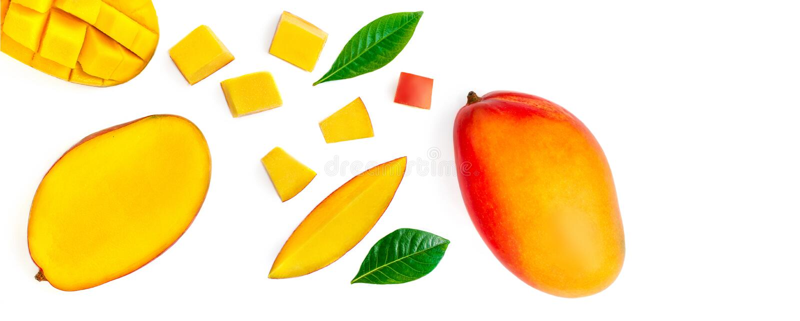 Naadloos patroon met mango-vruchten met stukken Tropisch Mango geïsoleerd op de witte achtergrond Bovenaanzicht Vlek stock foto