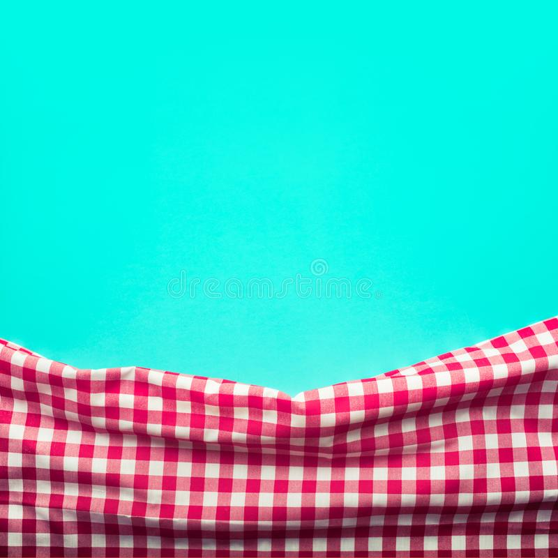 Naadloze rode geruite stof met groene achtergrond stock foto