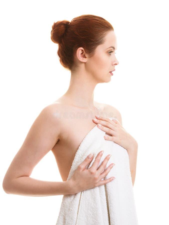 Naakte vrouw in handdoek na bad stock fotografie