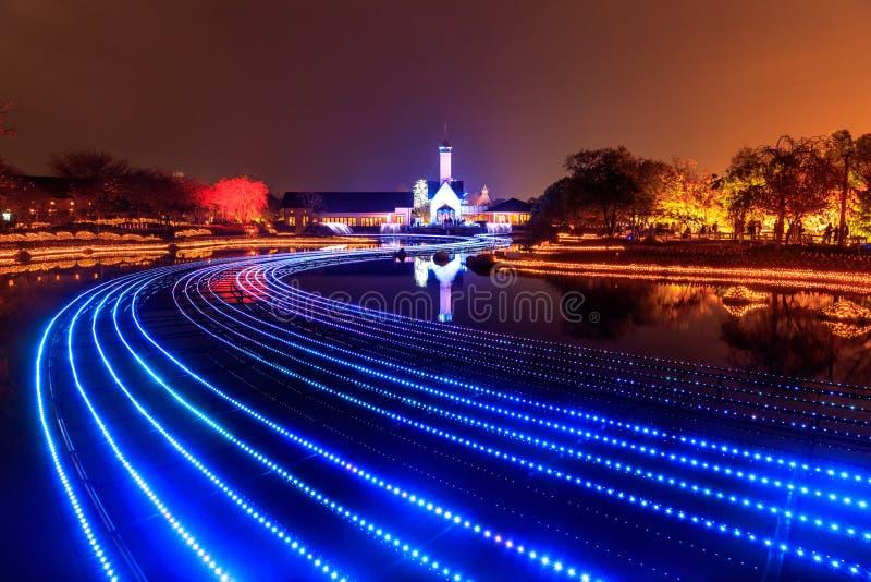 Nabana отсутствие освещения зимы сада Sato на ноче, Нагое стоковая фотография rf