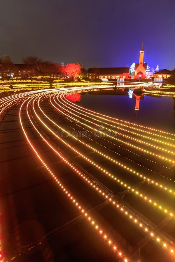 Nabana отсутствие освещения зимы сада Sato на ноче, Нагое стоковое изображение