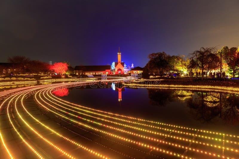 Nabana nessun'illuminazione di inverno del giardino di Sato alla notte, Nagoya immagini stock