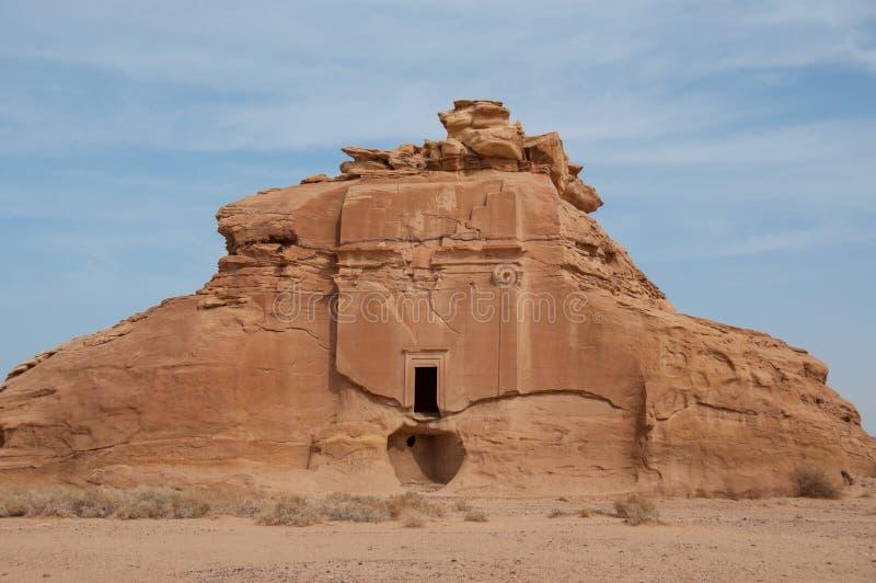 Nabatean坟茔在Madaîn萨利赫考古学站点,沙特阿拉伯 免版税库存照片