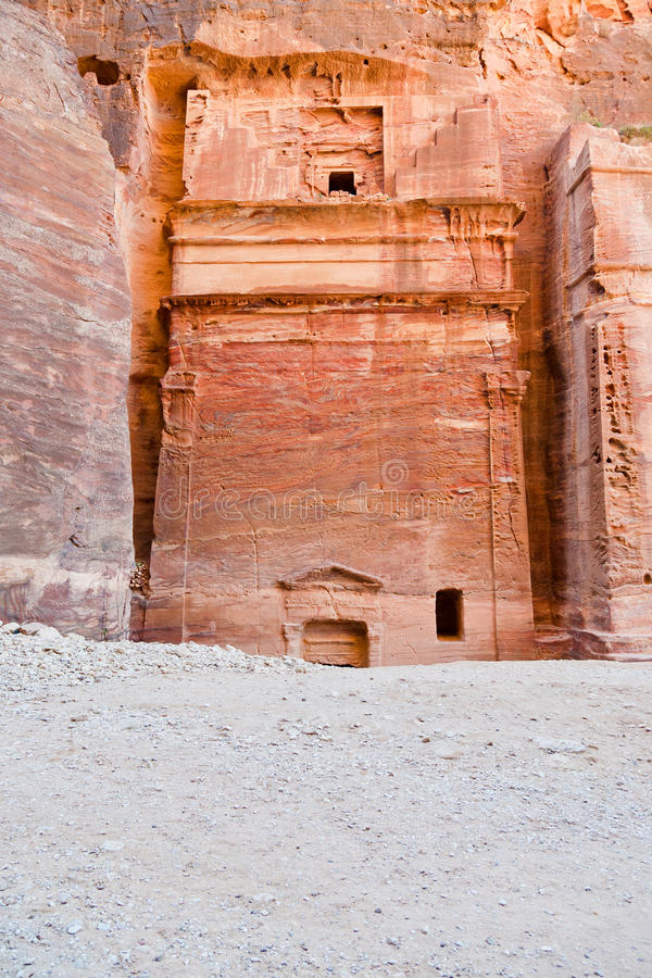 Download Nabatean Tomb In The Siq, Petra Stock Photo - Image of jordan, mount: 24226310