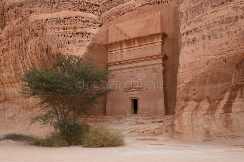 Nabateangraf in de archeologische plaats van Madaîn Saleh, Saudi-Arabië royalty-vrije stock fotografie