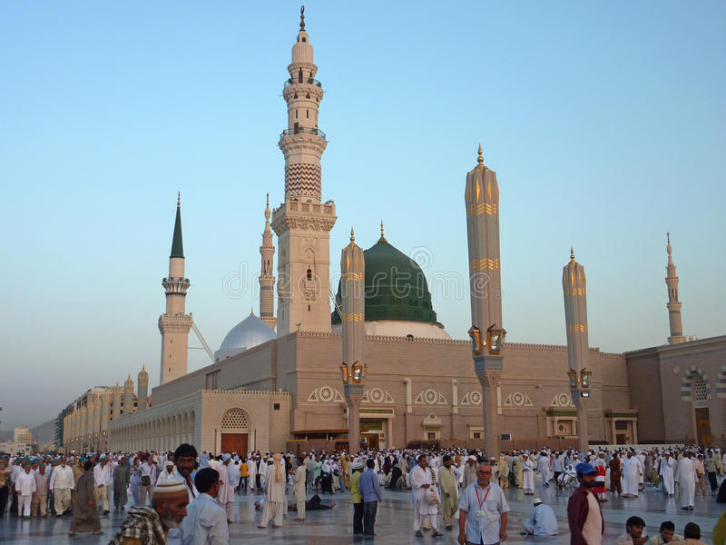 Nabawi-Moschee, Medina, Saudi-Arabien lizenzfreie stockbilder
