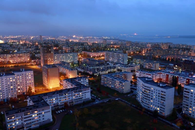 Naberezhnye Chelny, Russland - 7. Oktober 2014: Stadt †‹â€ ‹Nacht L stockfotos