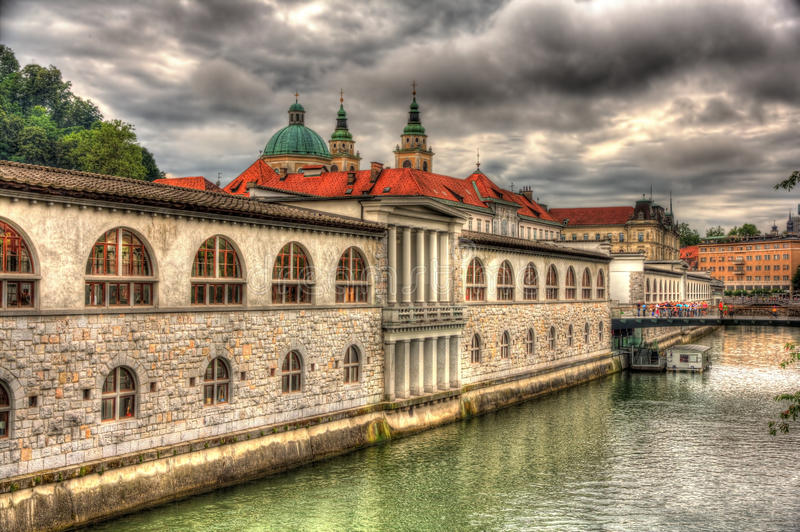 Nabrzeże w Ljubljana, Slovenia zdjęcie royalty free
