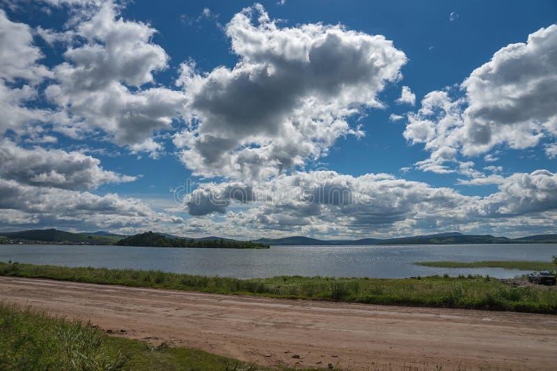 Nabrzeżna droga wzdłuż Wielkiego jeziora obrazy stock