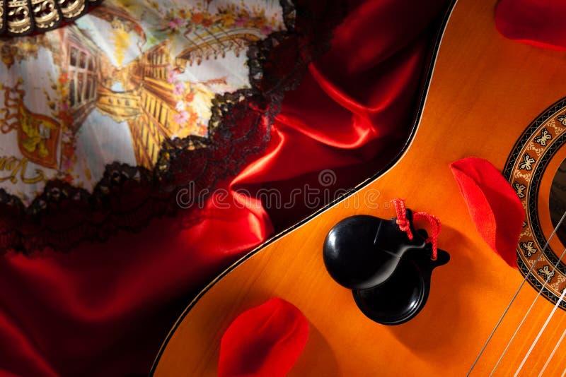 Naccheri sulla chitarra fotografia stock libera da diritti