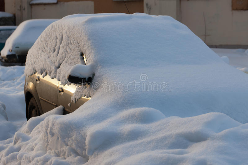Nach den großen Schneefällen stockbilder
