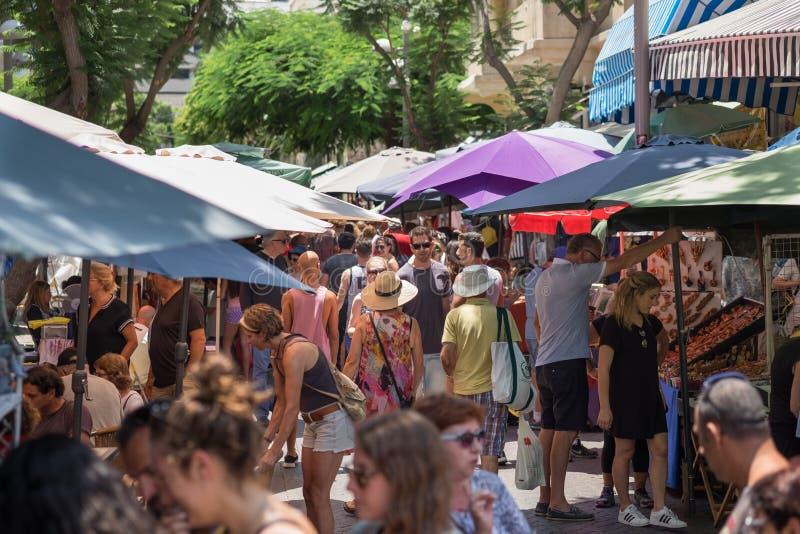 Nachalat Binyamin Market es un mercado callejero que se especializa en diversos artes y artes imagen de archivo libre de regalías