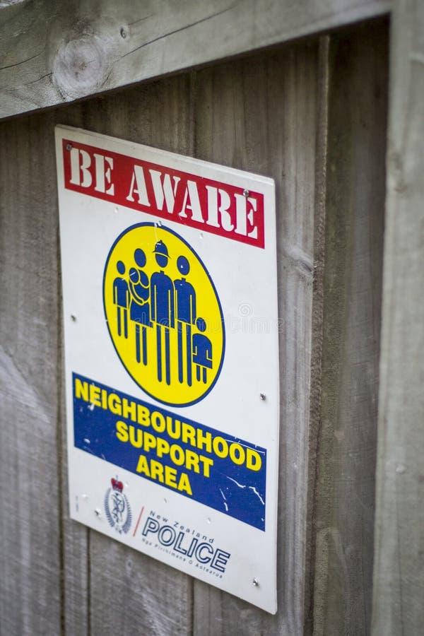 Nachbarschaftsuhrplakat vom Neuseeland-Polizeiaufgebot stockfotos
