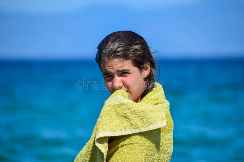 Nachdem dem Schwimmen lizenzfreie stockfotografie