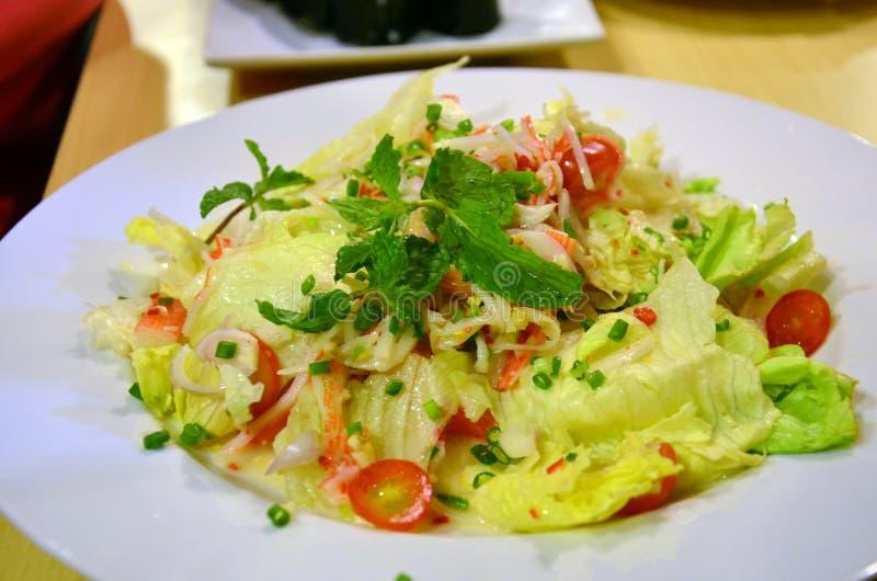 Nachgemachte Krabbenstocksalat Japanerküche lizenzfreies stockbild