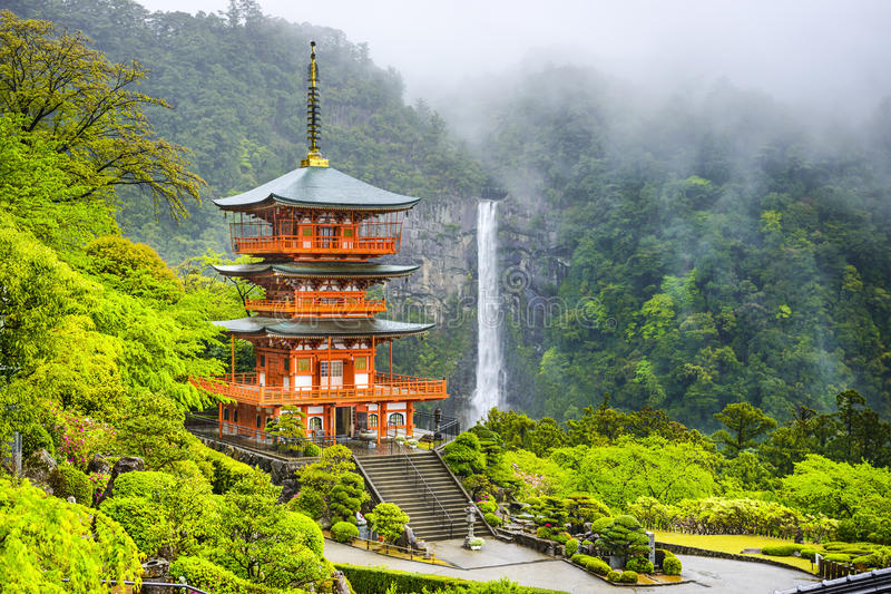 Nachi, Japonia pagoda i siklawa, fotografia royalty free
