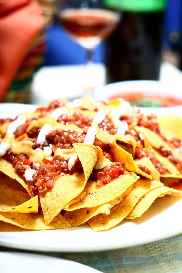 how to make nachos cheese and salsa