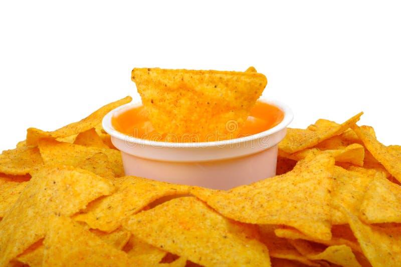 Nachos e salsa di formaggio fotografia stock
