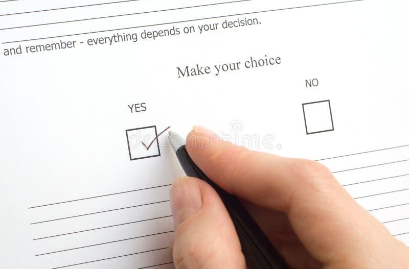 Nachricht mit der folgenden Aufgabe für eine Wahl stockbilder