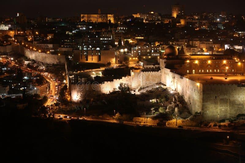 Nacht in alter Stadt Jerusalems, der Tempelberg mit Al--Aqsamoschee, v lizenzfreies stockbild