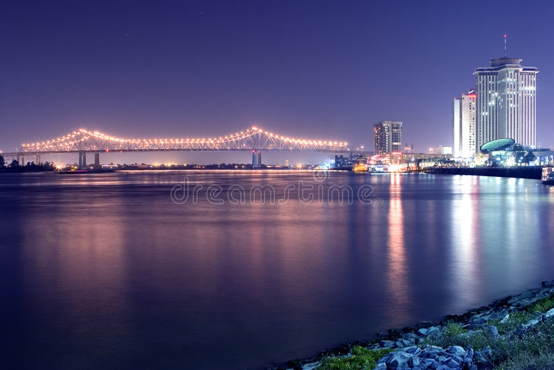 Nacht auf dem Mississippi lizenzfreies stockbild