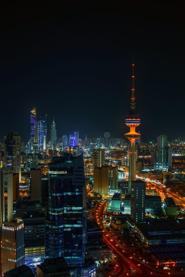 Nacht in de Stad van Koeweit stock foto's