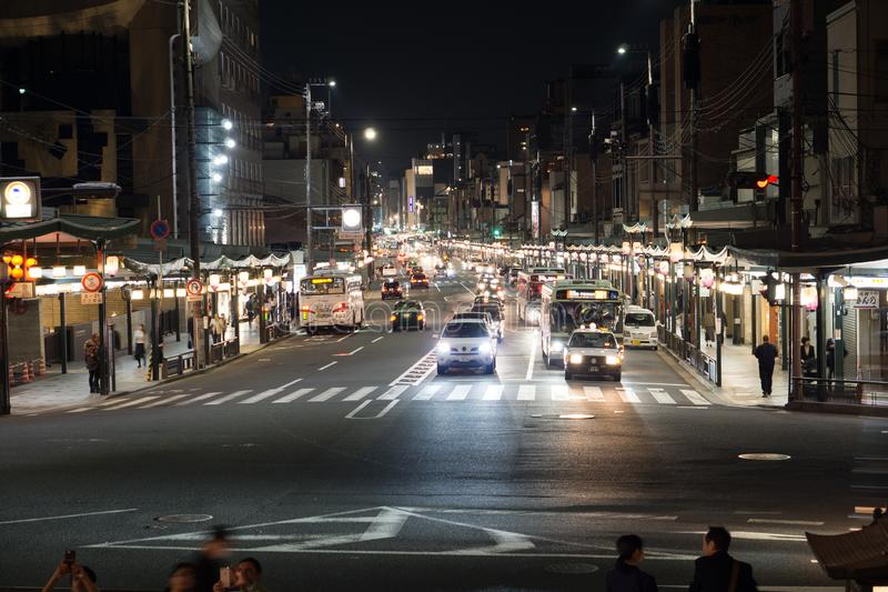 Nacht in de straat van Kyoto royalty-vrije stock foto's
