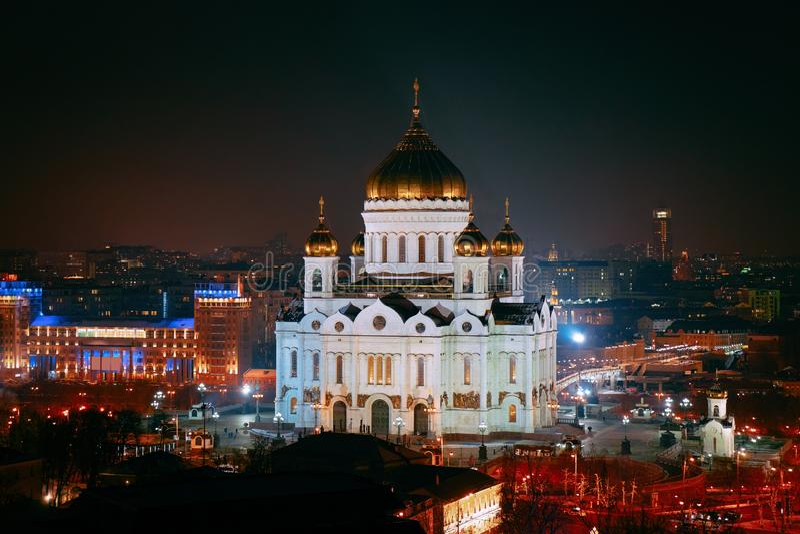 Nacht an der Christus-Retter-orthodoxen Kirche in Moskau lizenzfreies stockbild