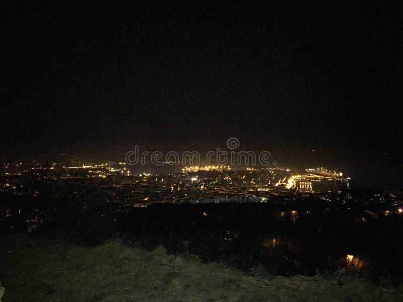 Nacht in der Stadt lizenzfreie stockfotografie