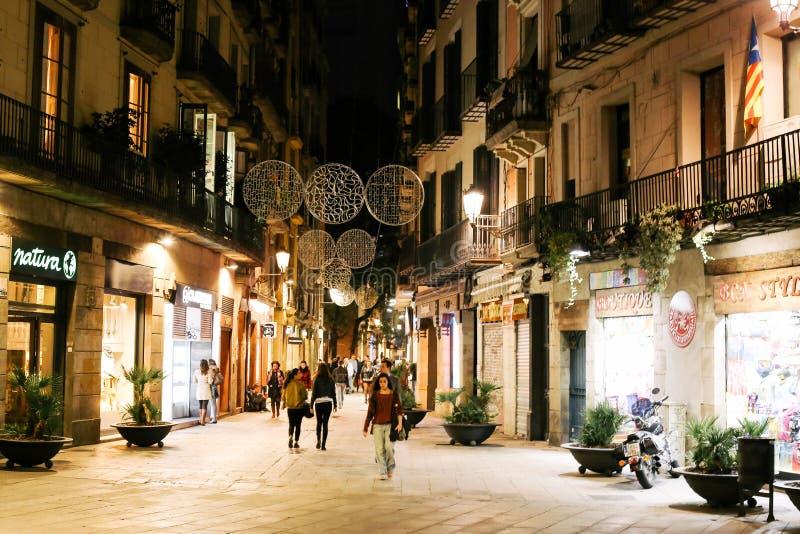 Nacht in Geboren Gr, Barcelona stock afbeeldingen
