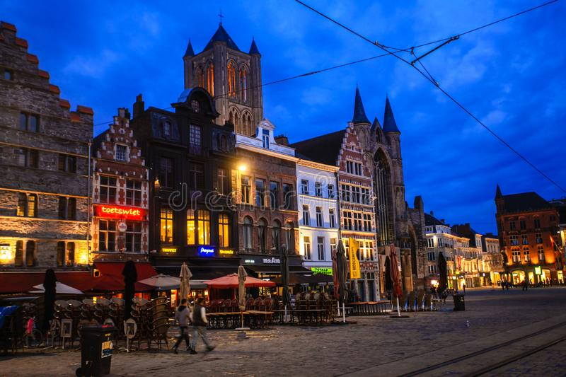 Nacht in Gent stock fotografie